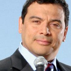 carlos mencia steals jokes